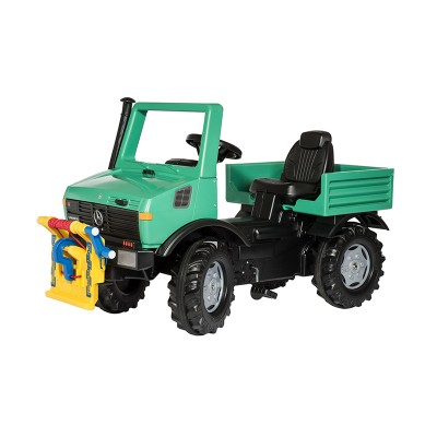 Rolly Unimog csörlővel ellátott traktor